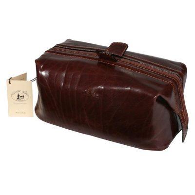 """תיק רחצה מעור תוצרת איטליה לנסיעות לחו""""ל, משמש גם כתיק קלאץ' דגם 654"""
