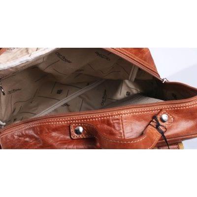 תיק גב איטלקי כולל רצועה עילית, עור בופאלו איכותי קל משקל במיוחד כולל תא מרופד ללפטופ דגם 4057