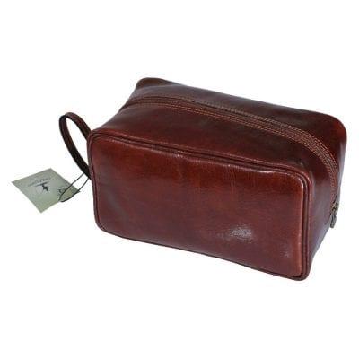 תיק רחצה מעור איכותי תוצרת איטליה, מתנה אידאלית לאנשי עסקים | דגם 789