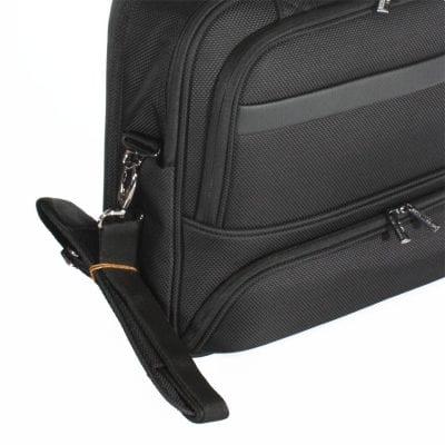 תיק עסקים מבד עם רצועה מותאמת לחיבור למזוודה – כולל תא מרופד ללפטופ, מיועד לאנשי עסקים VERAGE דגם 13020-16.5