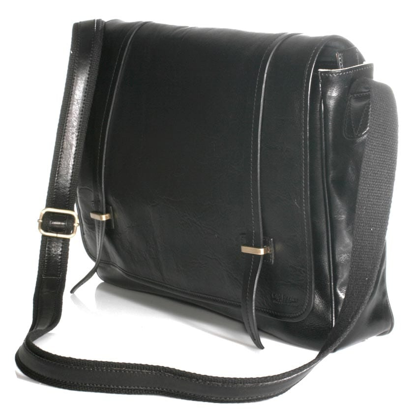 Large leather bag with magnetic closure item 4064