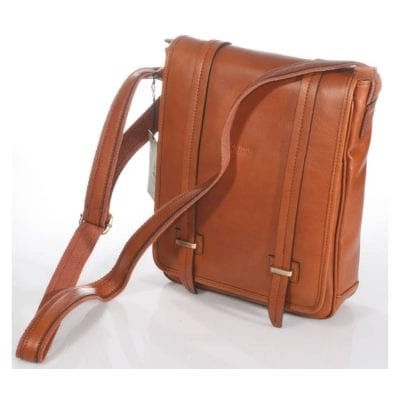Medium leather bag with double magnetic closure item 4065