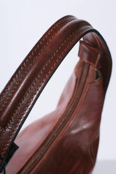 תיק נשים רטרו מעור משובח של המותג האיטלקי אולד אנגלר Old Angler דגם 0691