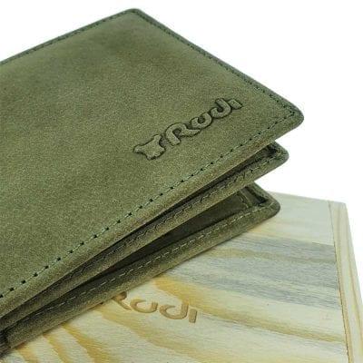 ארנק עור עם חריטה אישית בכתב ידך | ארנק מעור איטלקי אמיתי| מתנה לגבר ירוק זית
